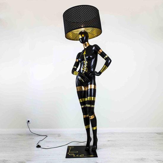 poranda-lamp-must-kuldne-hobe-love-forever-mannekeen-kasitoo-disain-valgustid
