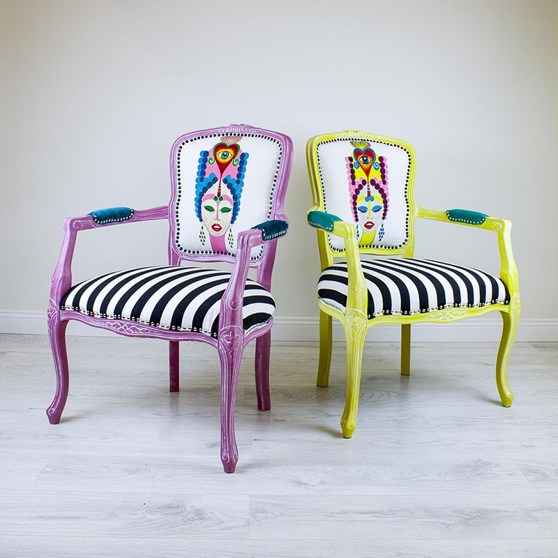 veronica-kollane-tugitool-triibuline-kangas-kangamaaling-kolmas-silm-handmade-armchair-with-painting-kolmas-silm-third-eye-strips-turquoise-teenused