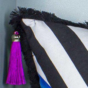 Natalja-eljas-triibuline-padi sinine-must-valge-tutikesed