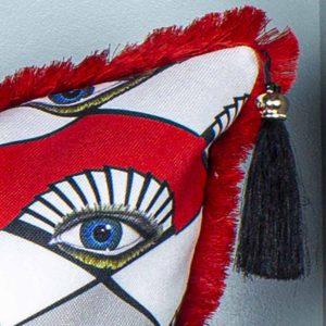 natalja-eljas-rombid-hallid-punased-mustad-silm