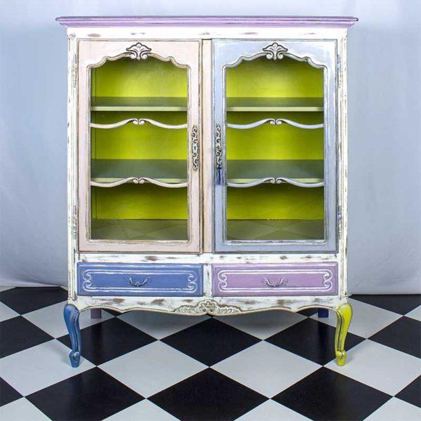 vitriinkapp-vanutatud-oldwhite-roosa-sinine-valge