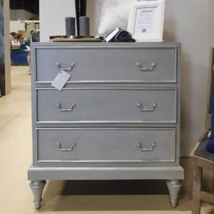 chalk-paint-dove-grey-drawers-tower-bridge-wax-vintro-kriidivarv