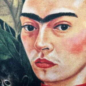 frida-kahlo-and-monkey.jpg