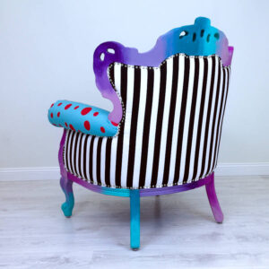 chair-kiss-turquoise-red