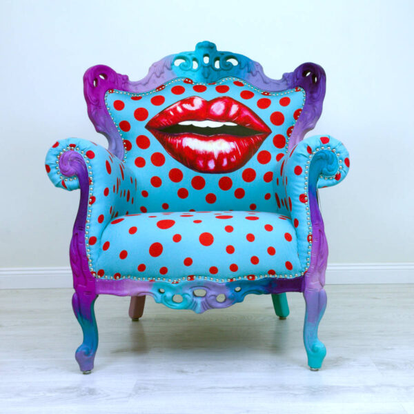 kiss-chair-turquoise