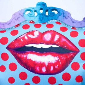 turquoise-red-kiss-chair