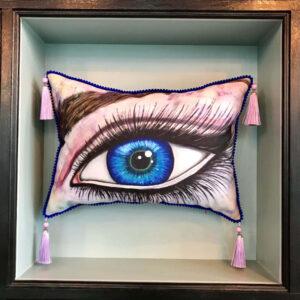 cushion-blue-eye