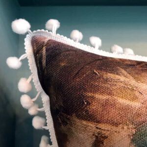 cushion-turquoise-eye-white