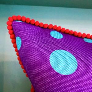 purple-kiss-cushion