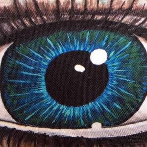 turquoise-eye-cushion