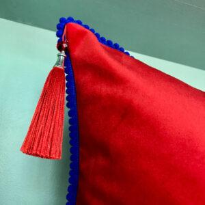 cushion-mona-lisa-stripe