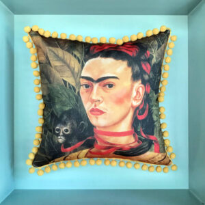 frida-kahlo-and-monkey-cushion