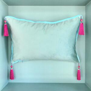 cushion-blue-pink
